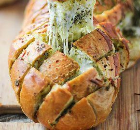 10 συνταγές γιαγεμιστό ψωμί. 10 συνταγές για να γεμίσετε με υλικά αρεσκείας σας ένα απλό καρβέλι ψωμιού και να του δώσετε άλλη οπτική και προπάντων γευστι