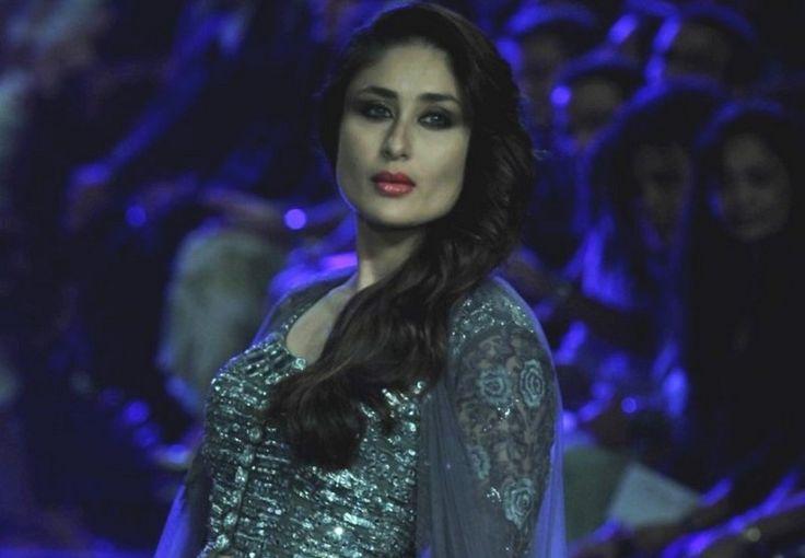 Kareena Kapoor Walks For Manish Malhotra at LFW 2014