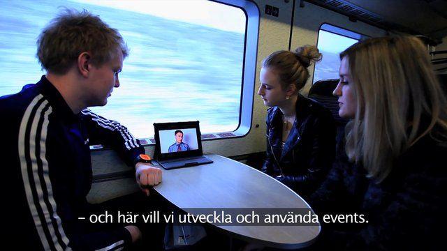 Das Öresundkommitee Geschäftsbericht 2012: Ein Geschäftsfilm, der über die Leistungen im Jahr 2012 berichtet. Wir folgen drei jungen Menschen auf einer Zugfahrt von Kopenhagen nach Malmö. Unterwegs sehen sie Ausschnitte vom vergangenen Jahr auf einem iPad und in Malmö wartet eine Überraschung...