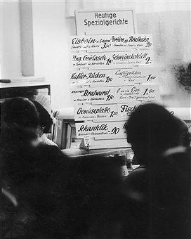 Aschinger Restaurant Berlin - Tafel mit dem Speiseangebot (1960)