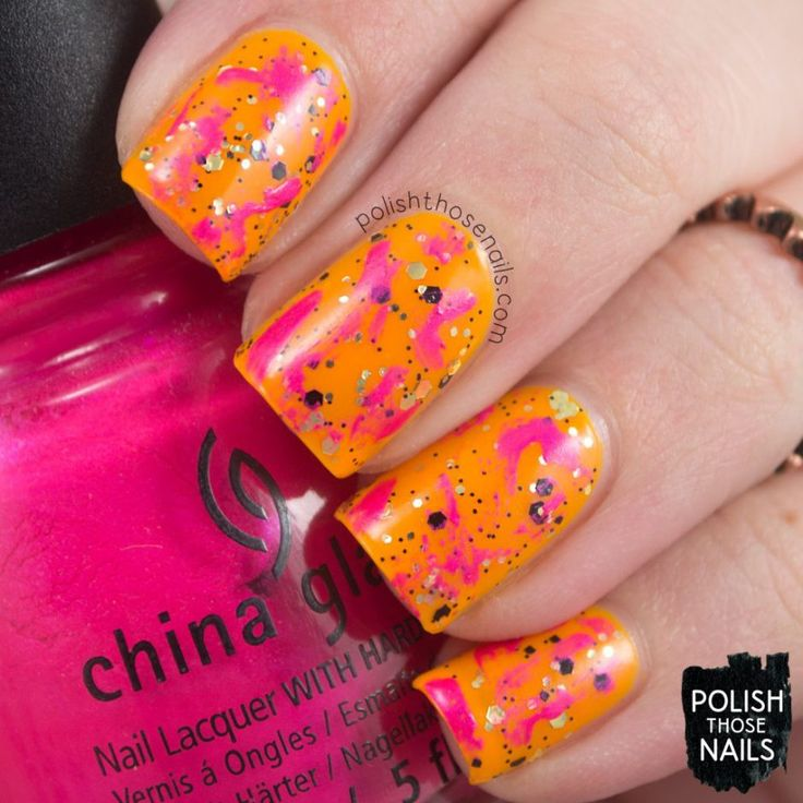 Distressed Glitter Worshipper // Polish Those Nails // 30 Days Of Colour Challenge - Bright // Inspired by Marcello Velho // china glaze - neon - glitter - a study in polish