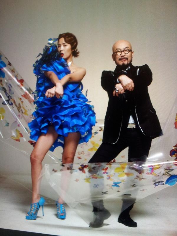 """dancing """"Gangnam Style"""" with top Korean actress Kim Sun Ah"""