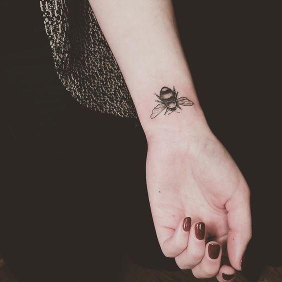 Best Ideen für Handgelenk Tattoos   Mode