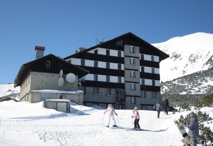 Швейцарско градче построи първия по рода си ски лифт, задвижван от слънчева енергия