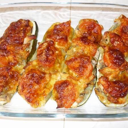 Gombás-csirkés töltött cukkini Recept képpel - Mindmegette.hu - Receptek