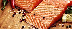 Una receta diferente de pescado para sorprender a la familia, fácil y rápido de realizar y que se puede hacer con pescado fresco pero también con pescado congelado. Una preparación baja en calorías, y rica en sabrosura.Aporta todos los nutrientes del pescado con un toque diferente. Una receta saludable y sin gluten, de fácil digestión para toda la familia, tanto para mediodía como para cenas. ...