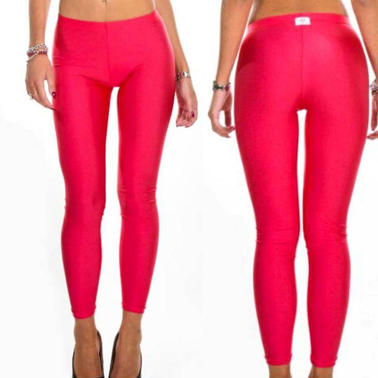 Hot in pink! #ilovebikini #newcollection #ilovebikinistyle #madeinitaly #instagood #leggins #shine #beautifulgirls #ilovebikinigirls #followthestyle #fashion #beautifulgirls #instadaily #pink #beautifullegs #electric #behot #swag #amazing #instagood #moda #instamoda  Soon on www.ilovebikini.it  Tnks to @annierco