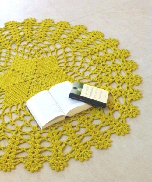 FREE SHIPPING. Grande tappeto giallo senape. di Filìn Filando su DaWanda.com