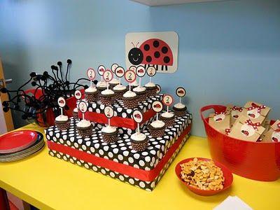 ladybug party decorations: Parties Decorations Danielle, Ladybugs Cakes, Ladybugs Theme, Ladybug Cakes, Paper, Decorations Danielle Lister, Bugs Snacks, Ladybugs Parties, Ladybugs Everything