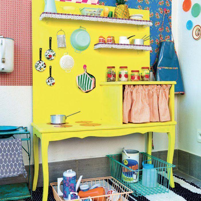 fabriquer une petite cuisine pour les enfants cuisine. Black Bedroom Furniture Sets. Home Design Ideas