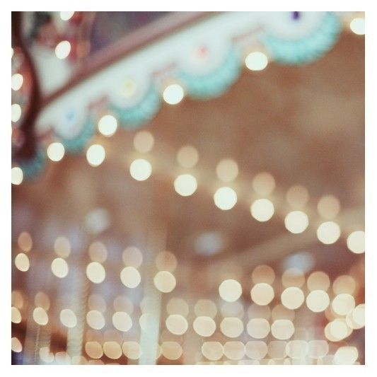 carousel : Merry Go Round, Bokeh Photography, Childhood Memories, White Lights, Pretty Lights, Blurred Lights, Carousels Lights, Fine Art Photography, Cars Accessories