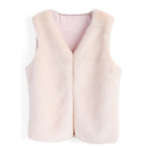 Chicwish Pinky Sweet Faux Fur Vest ($37) ❤ liked on Polyvore featuring outerwear, vests, tops, pink, vest, pink faux fur vest, faux fur waistcoat, fake fur vests, pink vest and faux fur vests