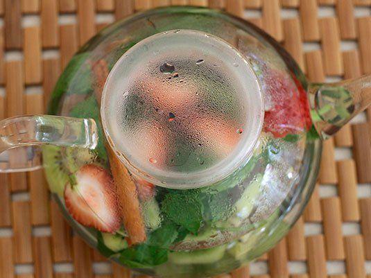 Nada más rico que una deliciosa taza de aromática! Preparada con hierbas, frutas y endulzada con miel, solo hay que seguir el paso a paso!