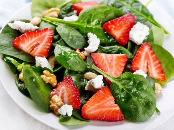 Healthy Salad Recipe: Strawberry Spinach Salad