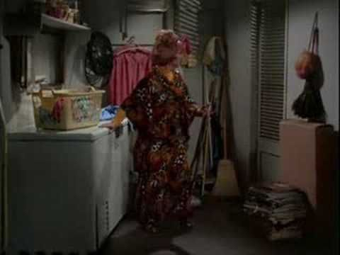 bewitched-4x04-Double Double Toil and Trouble pt 1