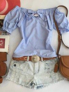 shorts com blusa azul