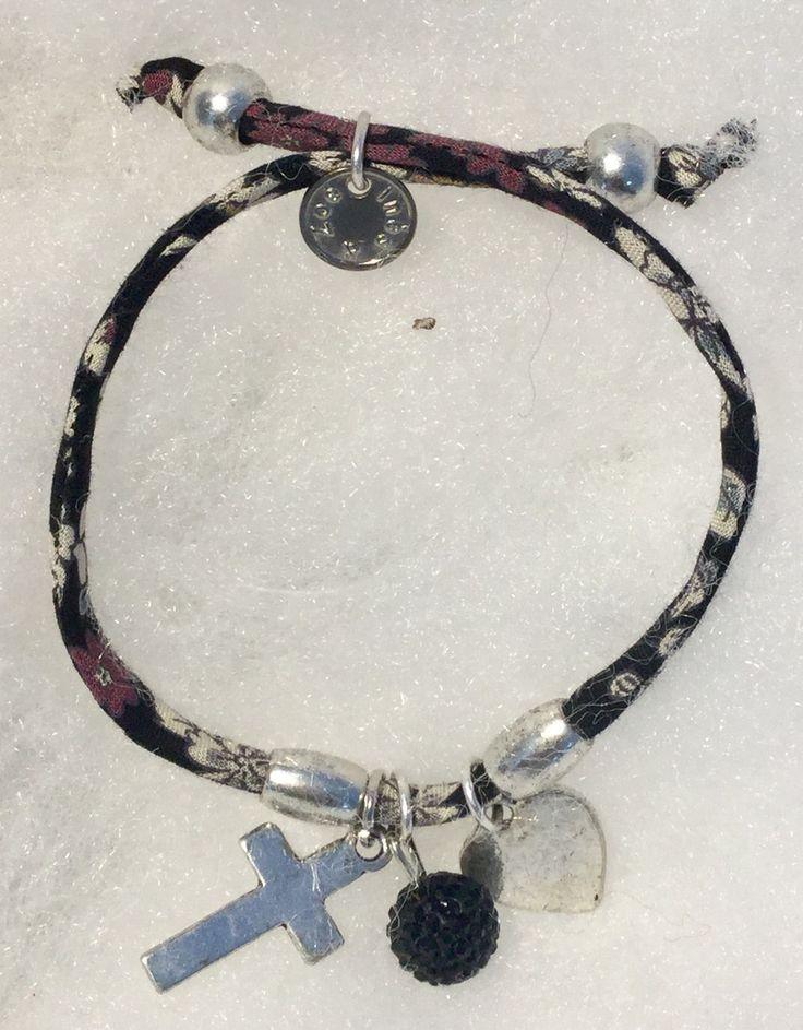 Bracelet religieux croix et Liberty noir : Bracelet par mode2filles