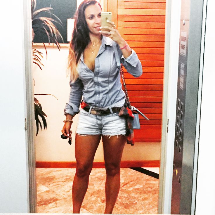 Look do dia! All denim!!! Camisa Guess, shorts Levis, espadrille Arezzo