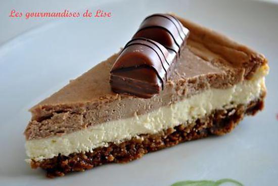 La meilleure recette de Cheesecake aux kinders bueno! L'essayer, c'est l'adopter! 5.0/5 (3 votes), 7 Commentaires. Ingrédients: Pour la base biscuitée : - 500g de spéculoos  - 100g de beurre demi-sel  Pour les deux crèmes du cheesecake : - 600g de fromage Philadelphia - 500g de fromage blanc à 0 % - 3 oeufs - 120g de sucre en poudre - 340g de pralinoise