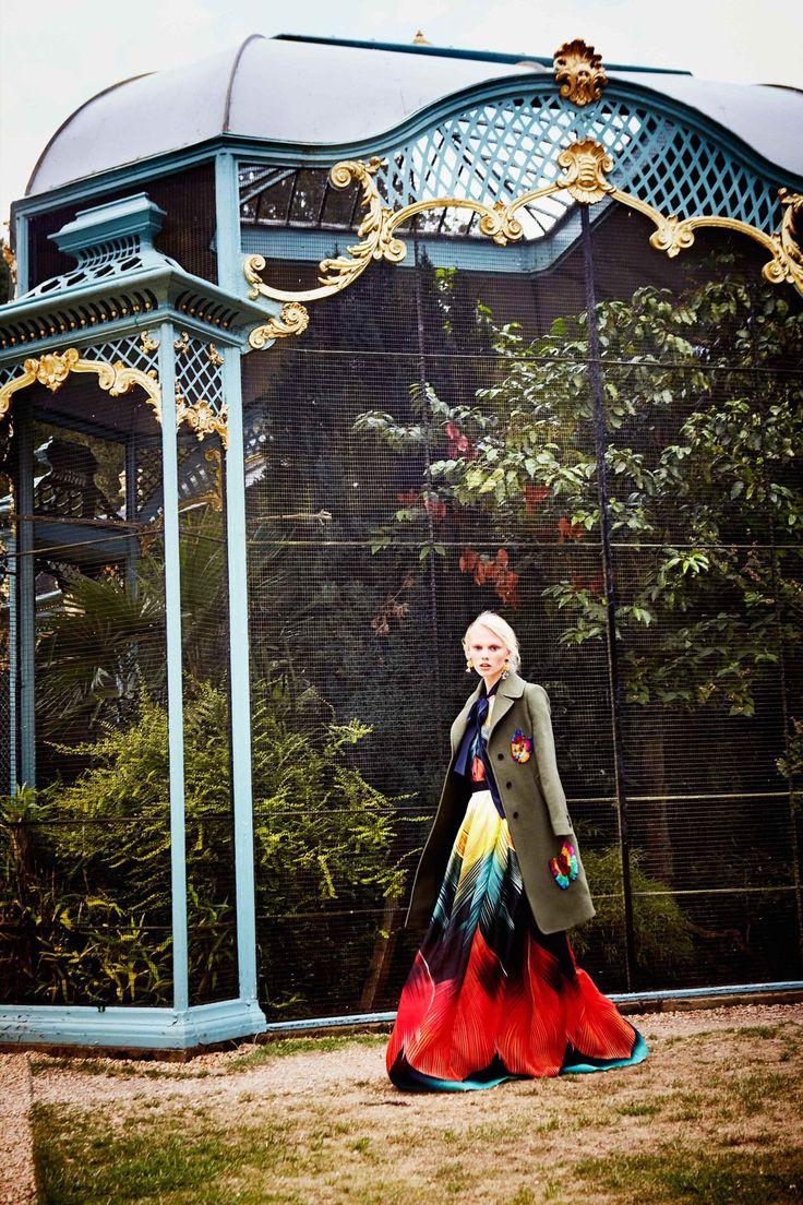 Jacob rothschild quotes quotesgram - Mary Katrantzou Resort 2018 Fashion Show