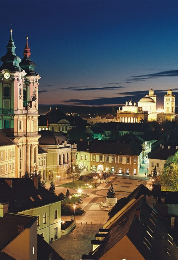 Amazing City of Eger (My husband wants to take us to Hungary, especially Budapest, I can see why looks like a beautiful country).
