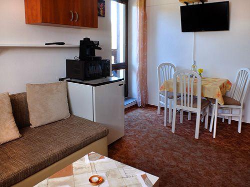 Apartmánový dům Železná Ruda - APARTMÁN B - ubytování v podkroví pro 3-4 osob s balkónem - 45m2