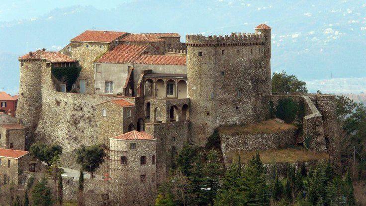 Castello Malaspina di Fosdinovo - Massa  Provincia di Massa-Carrara - Toscana