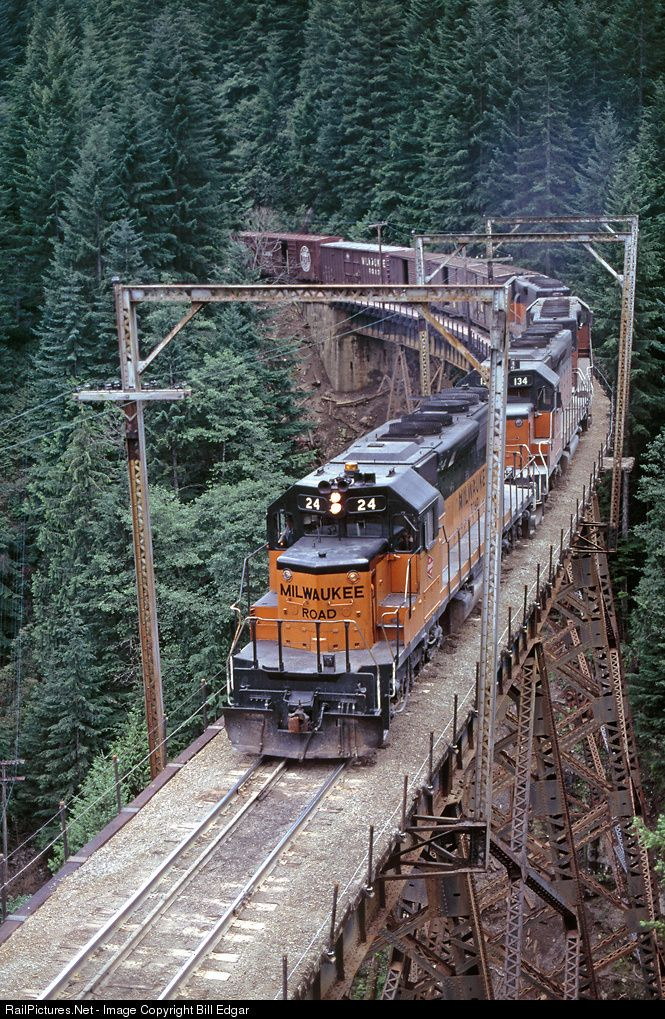 RailPictures.Net Photo: MILW 24 Milwaukee Road EMD SD40-2 at Cedar Falls, Washington by Bill Edgar