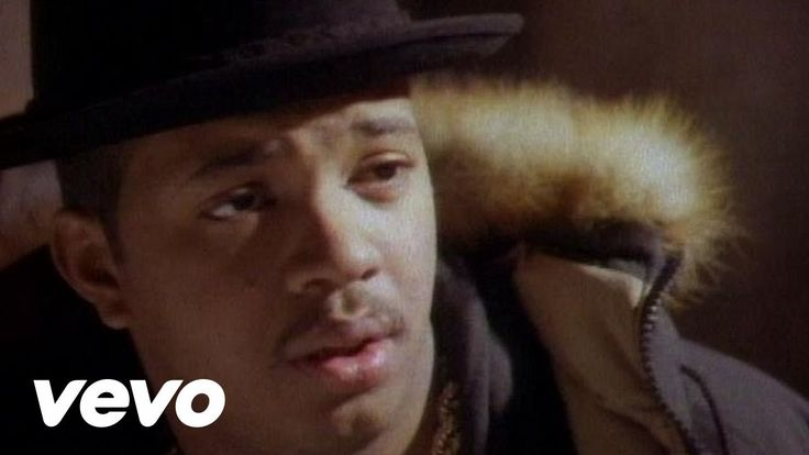 Run-DMC's official music video for 'It's Tricky'. Click to listen to Run-DMC on Spotify: http://smarturl.it/RUNDMCSpotify?IQid=RunDIT As featured on Run-DMC:...