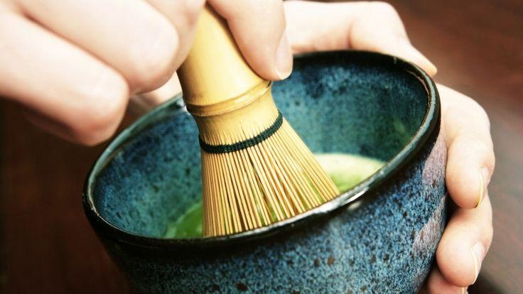 So einfach gelingt die Matcha-Tee-Zubereitung