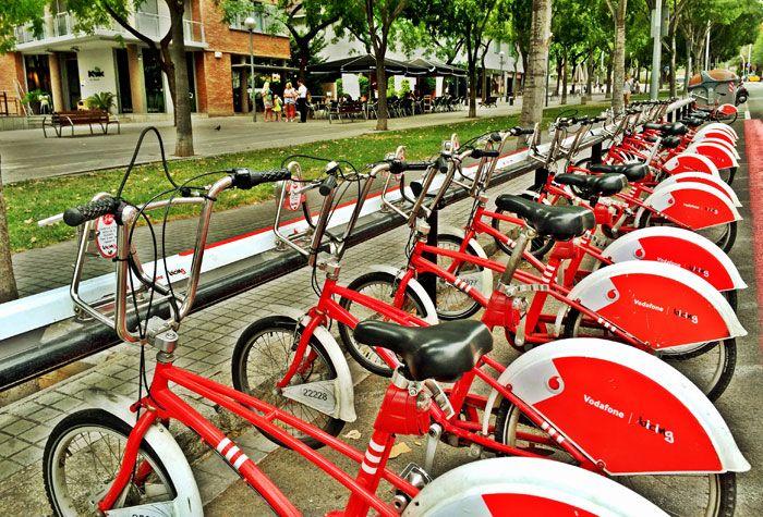 muévete en bicicleta por la zona alta de Barcelona