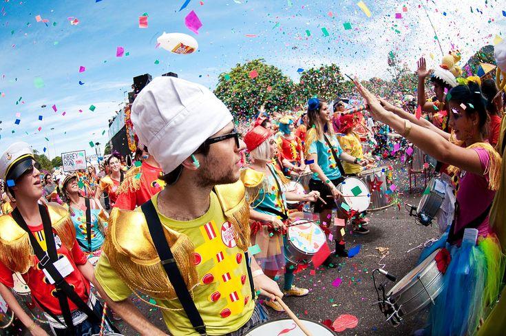 Pré Carnaval SP - Onde encontrar blocos de rua www.divapobre.com.br