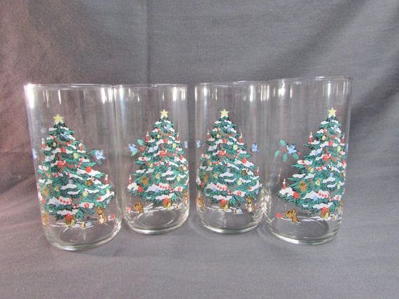 Libbey Woodland Christmas Tumblers Set of 4  by EtagereAntiques