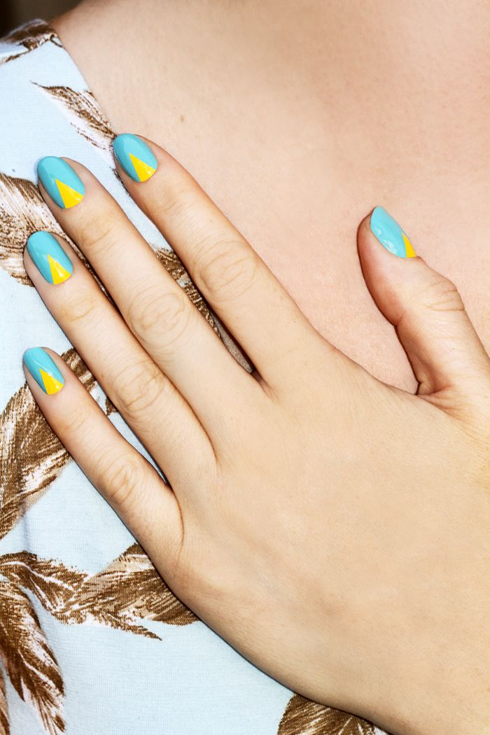 Sharp | Bright #NOTD: Colors Combos, Yellow Nails, Nails Art, Nailart, Beaches Nails, Summer Nails, Nails Manicures, Blue Nails, Chevron Nails