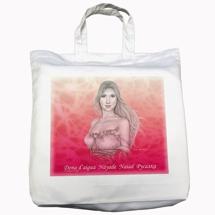La náyade sobre un fondo en llamas destaca sobre la blancura de la bolsa de tela nívea. Muchos opinan que es la bolsa más bonita de todas.