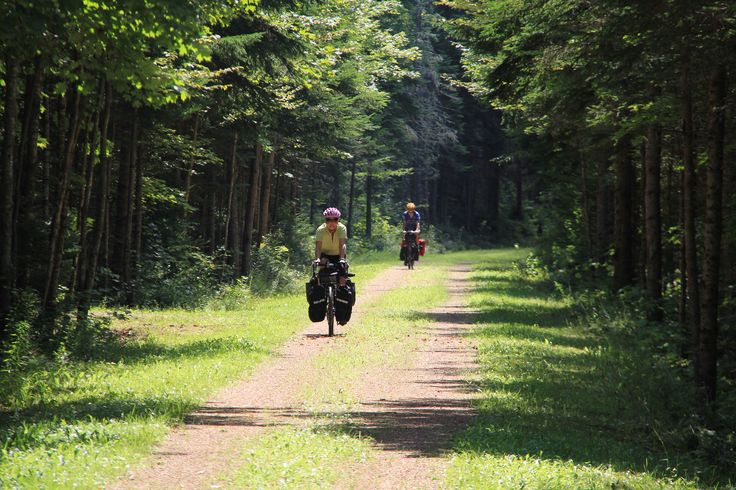 At nearly 400km, the Confederation Trail is a ribbon of recreation running across PEI. Commonly known as a cycling trail, many sections are enjoyable walking routes as well, particularly in the autumn.