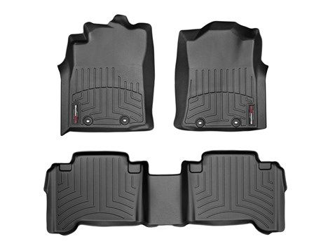 2015 Toyota Tacoma | WeatherTech FloorLiner - car floor mats liner, floor tray protects and lines the floor of truck and SUV carpeting from mud, snow, water and dirt | WeatherTech.ca