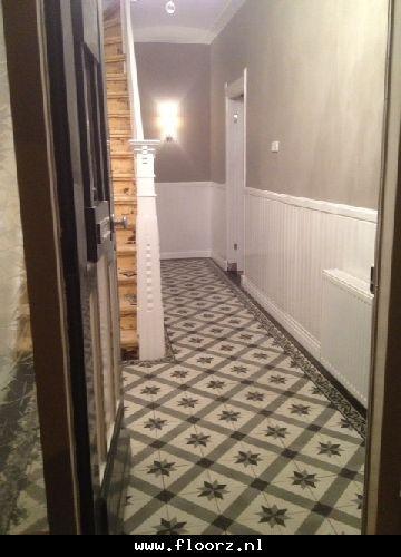 Combinatie met hout geschuurde trap gang pinterest chang 39 e 3 met and search - Gang huis ...