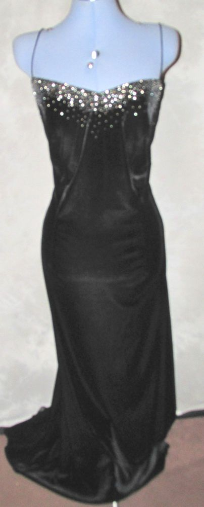 Ladies Black size 20  velvet  Formal/Cocktail Ball Gown,Designer Laura Ryner