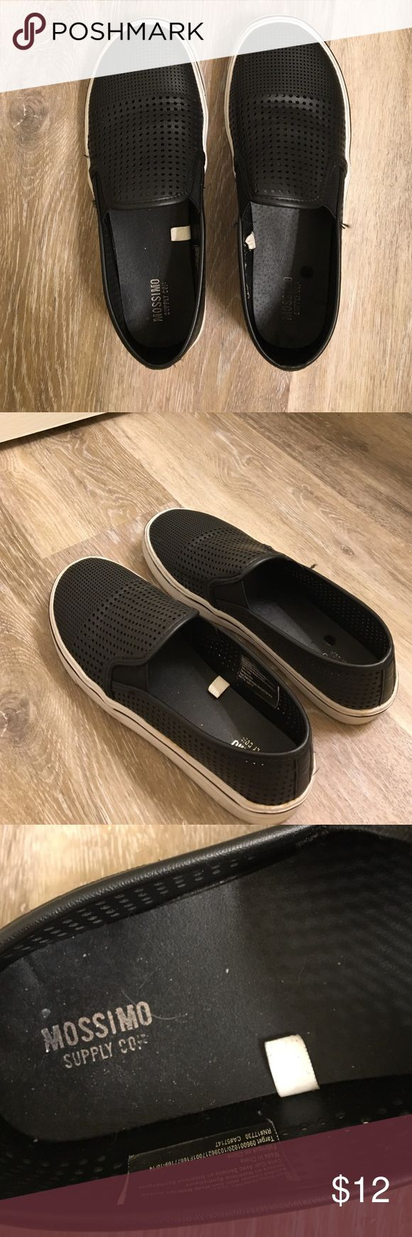 Slip Ons😎 Awesome slip ons made out of leathery material! Are true to size and make any outfit a bit more hipster. They are made by Mossimo Supply Co but I'm listing then as pac sun for more views! Comment with questions or concerns😘 PacSun Shoes