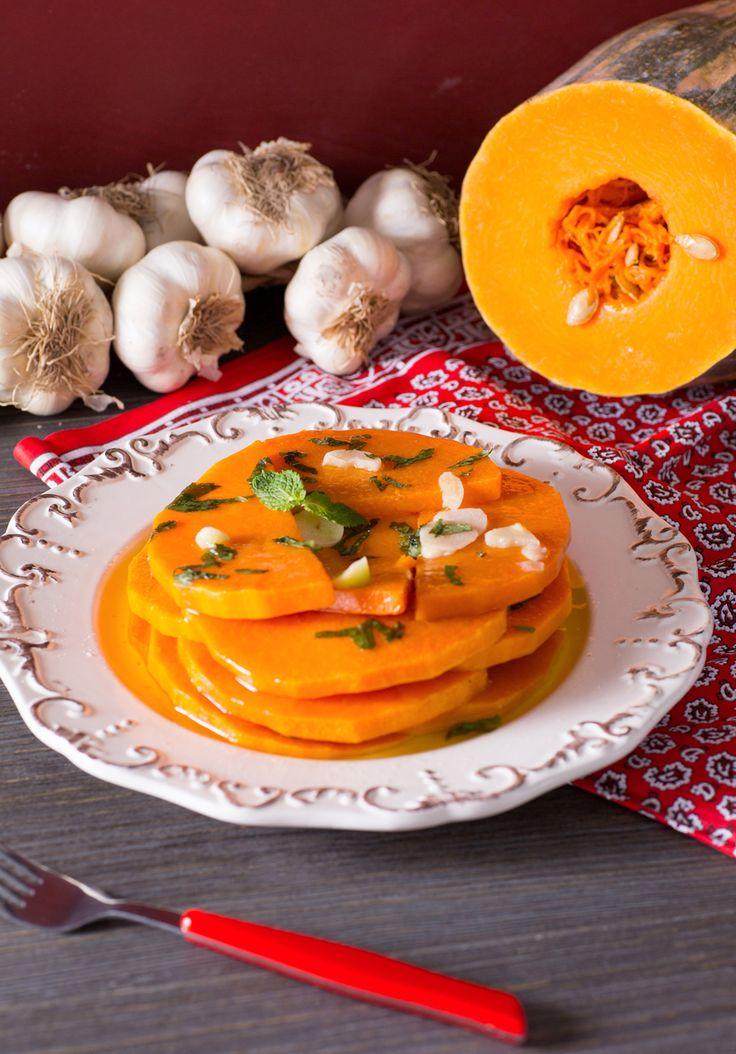 Zucca in agrodolce alla siciliana: un contorno rustico e semplice che conquisterà tutta la famiglia! Sicilian bitter-sweet pumpkin