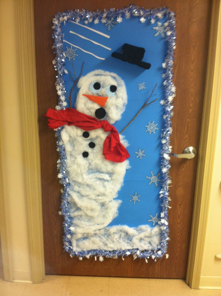 Christmas Decorations For Office Doors For A Contest 17