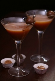 Chocolate martini.... links to 9 different chocolate drink recipes w/ pics