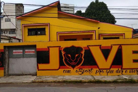 Após atos de vandalismo, sede da Torcida Jovem do Sport é interditada por falta de alvará http://www.registercorp.com.br/apos-atos-de-vandalismo-sede-da-torcida-jovem-do-sport-e-interditada-por-falta-de-alvara/