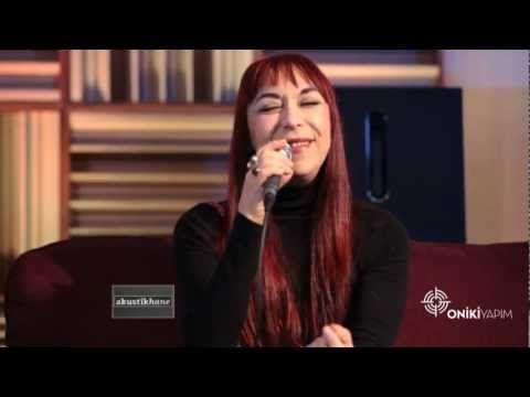 Leman Sam - İlla / #akustikhane #sesiniac - YouTube