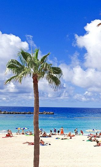 Playa de Amadores, Gran Canaria, Spain http://www.travelandtransitions.com/destinations/destination-advice/europe/outdoor-adventure-gran-canaria/