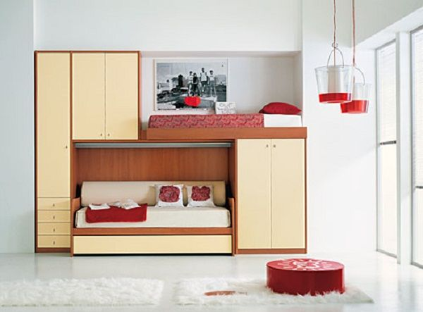 small bedroom functional bunks