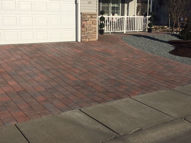 Holland Style Pavers From Mutual Materials In Rustic Blend