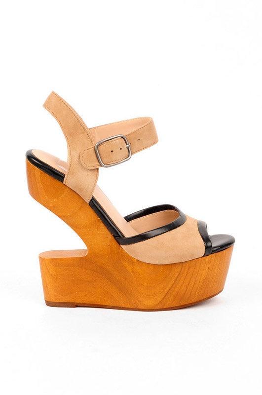 DV8 by Dolce Vita The Minx Shoe in Nude Suede - Karmaloop.com