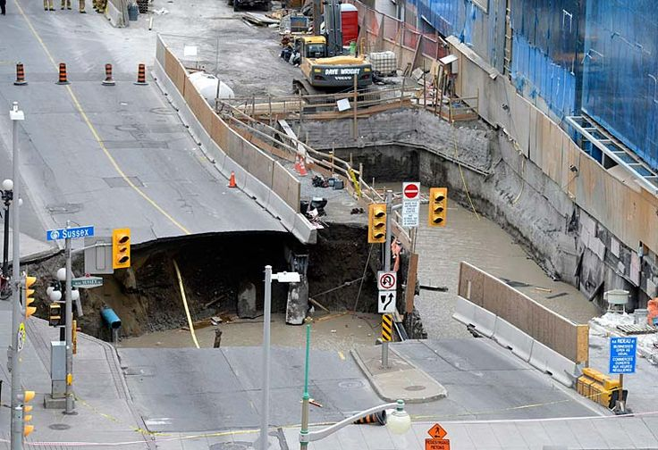 Massive sinkhole in downtown #Ottawa - #news #media #ontario #canada #canadian #sinkhole